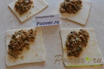 Пирожки с мясом и грибами из слоёного теста Шаг 9 (картинка)