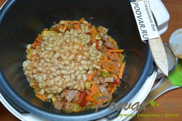 Фасоль с мясом в мультиварке Шаг 7 (картинка)