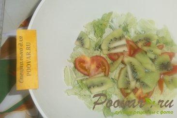 Фруктово овощной салат с крабовыми палочками Шаг 7 (картинка)