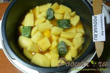 Тушеная картошка с мясом в мультиварке Шаг 10 (картинка)