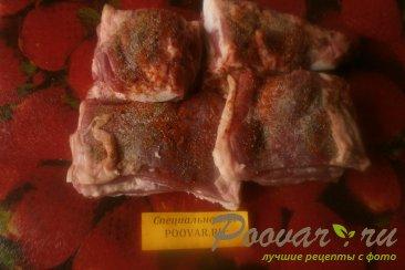 Свиная грудинка с чесноком и помидорами в духовке Шаг 3 (картинка)