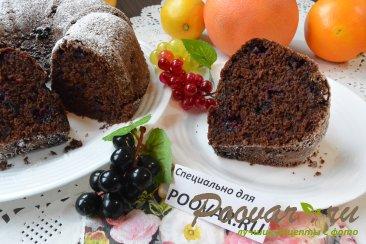 Постный шоколадный манник с ягодой Изображение