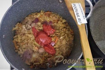 Тушёная капуста с картошкой и колбасой Шаг 5 (картинка)