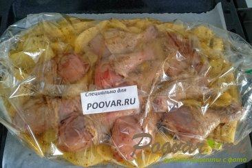 Картофель с курицей и грибами запеченный в духовке Шаг 6 (картинка)
