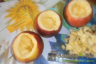Яблоки с творогом запечённые в духовке Шаг 5 (картинка)
