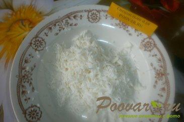 Слоёный салат из морской капусты и крабовых палочек Шаг 4 (картинка)
