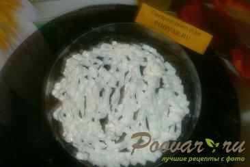 Слоёный салат из морской капусты и крабовых палочек Шаг 12 (картинка)