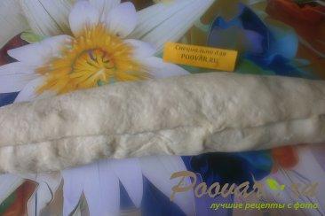 Рогалик с творогом и сухофруктами из дрожжевого теста Шаг 16 (картинка)