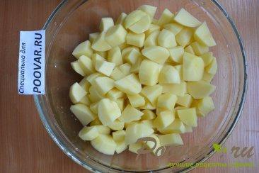 Тушеная картошка с сосисками в мультиварке Шаг 1 (картинка)