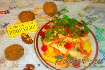 Салат из манго и курицы Изображение