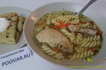 Куриный суп с макаронами Изображение