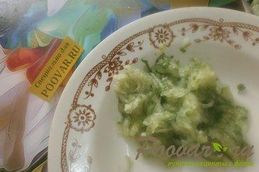 Салат из сыра и огурцов Шаг 8 (картинка)