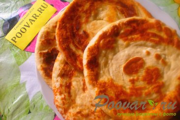 Лепёшки с сыром из дрожжевого теста Шаг 14 (картинка)