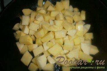 Тушёный картофель с солёными огурцами Шаг 3 (картинка)