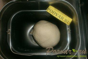 Слойки с сыром и крабовыми палочками из дрожжевого теста Шаг 2 (картинка)