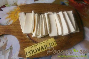 Слойки с сыром и крабовыми палочками из дрожжевого теста Шаг 5 (картинка)