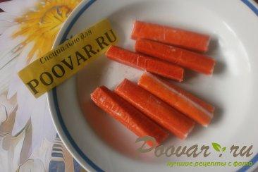 Слойки с сыром и крабовыми палочками из дрожжевого теста Шаг 6 (картинка)