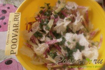 Салат из редиса с капустой и огурцом Шаг 7 (картинка)