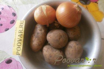 Отварной картофель с луком Шаг 1 (картинка)
