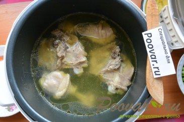 Куриный суп с картофелем в мультиварке Шаг 6 (картинка)