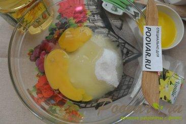 Пирог с консервированными ананасами Шаг 3 (картинка)