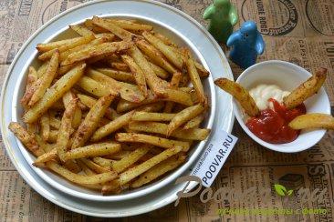 Картофель фри с маслом в духовке Изображение