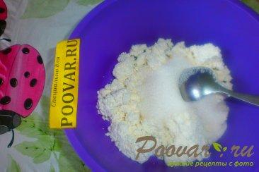 Сырники творожные со сметаной Шаг 2 (картинка)