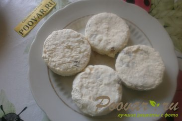 Сырники творожные со сметаной Шаг 9 (картинка)