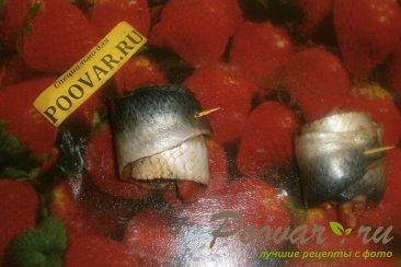 Рулеты из сельди с вялеными помидорами Шаг 7 (картинка)