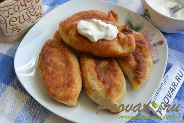 Жареные пирожки из картофельного теста Изображение