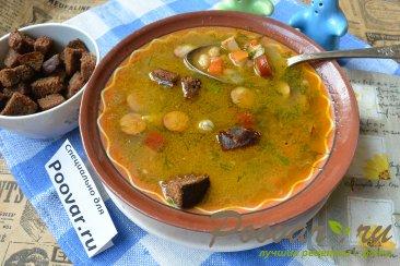 Суп с фасолью и колбасой в мультиварке-скороварке Изображение