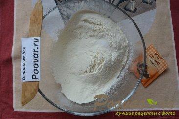 Торт с кремом из творожного сыра и сгущенки Шаг 1 (картинка)