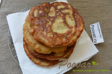 Лепешки с сыром и зеленью на сковороде Шаг 13 (картинка)