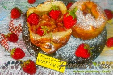 Пироги с клубникой и сыром моцарелла Изображение