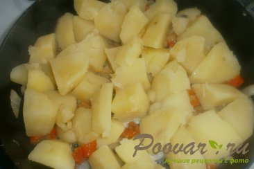 Картофель с куриными крылышками Шаг 11 (картинка)