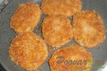Лососевые котлеты с луком и сыром Шаг 12 (картинка)