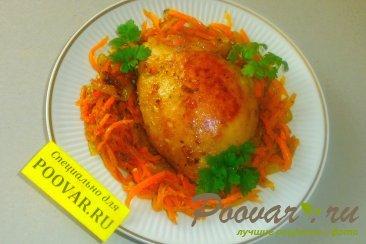 Курица с морковью Изображение