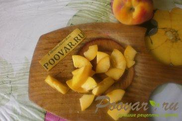 Сырники творожные с персиками Шаг 5 (картинка)