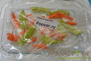 Скумбрия запеченная с овощами в рукаве Шаг 9 (картинка)