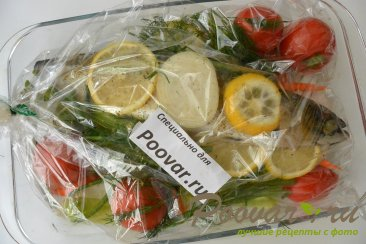 Скумбрия запеченная с овощами в рукаве Шаг 12 (картинка)