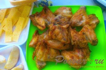 Куриные крылышки на мангале Изображение