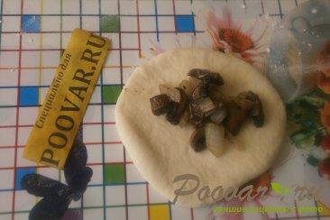 Пирожки с грибами и сыром в духовке Шаг 11 (картинка)