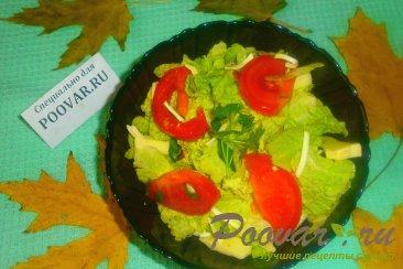 Салат из пекинской капусты с сыром Изображение