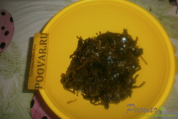 Салат из морской капусты с яйцом Шаг 4 (картинка)
