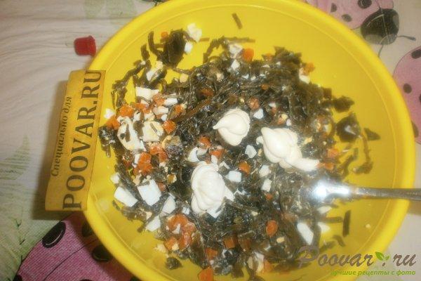 Салат из морской капусты с яйцом Шаг 10 (картинка)