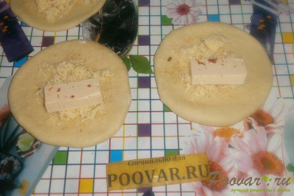 Слойки с сыром в духовке из дрожжевого теста Шаг 13 (картинка)