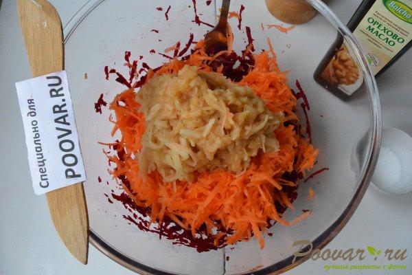 Салат из сырой свеклы, моркови и яблок Шаг 7 (картинка)