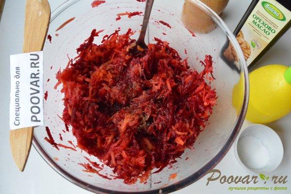 Салат из сырой свеклы, моркови и яблок Шаг 8 (картинка)
