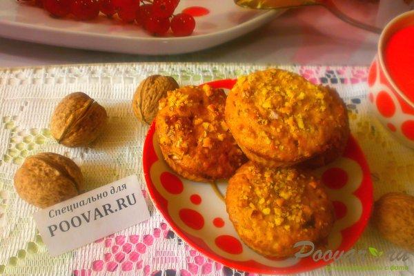 Творожные кексы с орехами и смородиной Изображение