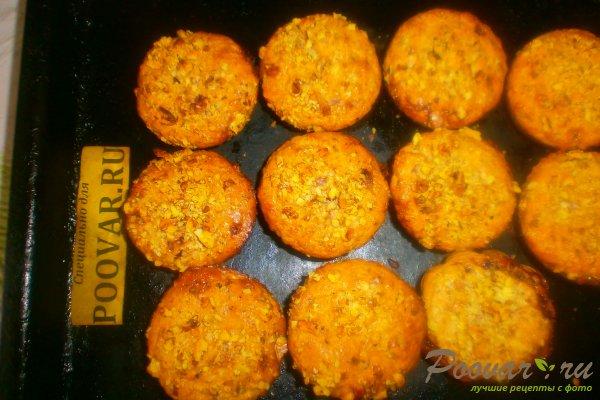 Творожные кексы с орехами и смородиной Шаг 15 (картинка)